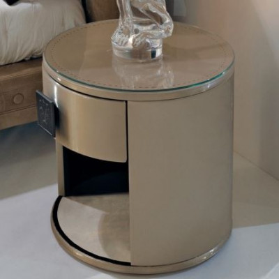 Visionnaire Nottingham Bedside Table